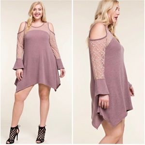 ❤️ Plus Mauve Vocal Lace Cold Open Shoulder Dress